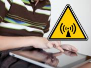pojke_laptop_stralning_varning