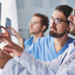 Läkare ger riktlinjer för att förebygga och behandla sjukdomar orsakade av strålning