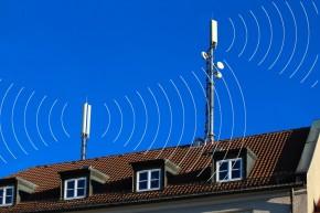 Hög strålning från basstationer för mobiltelefoni i Stockholm visar mätningar