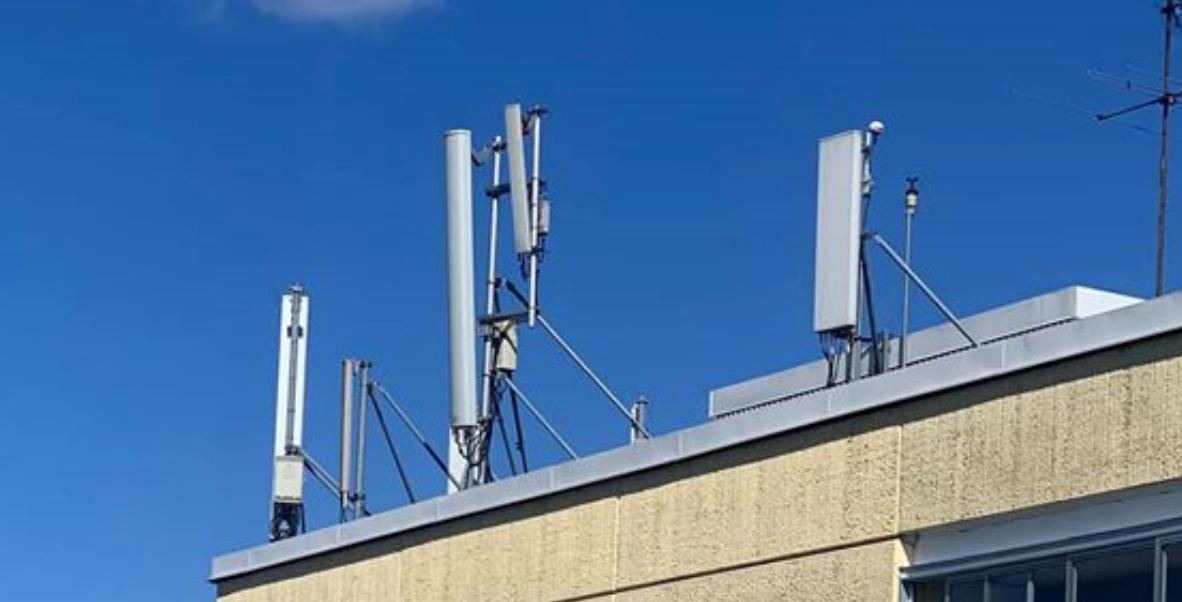 Många sjuka av den ökande strålningen från mobilbasstationerna